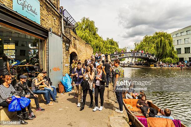 Camden Town, people along the Regent's Canal near Camden Lock (Hampstead Road Locks), the twin manually operated lock on the Regent's Canal