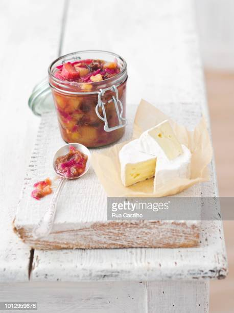 camembert with rhubarb chutney - rua stock pictures, royalty-free photos & images