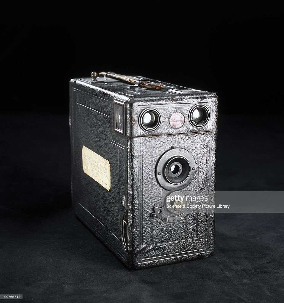 Quarter-plate Midg camera, c 1912. : News Photo