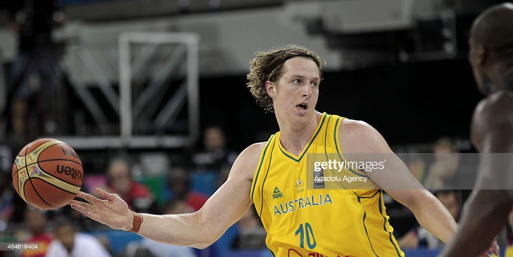 Australia v Angola - 2014 FIBA Basketball World Cup : News Photo