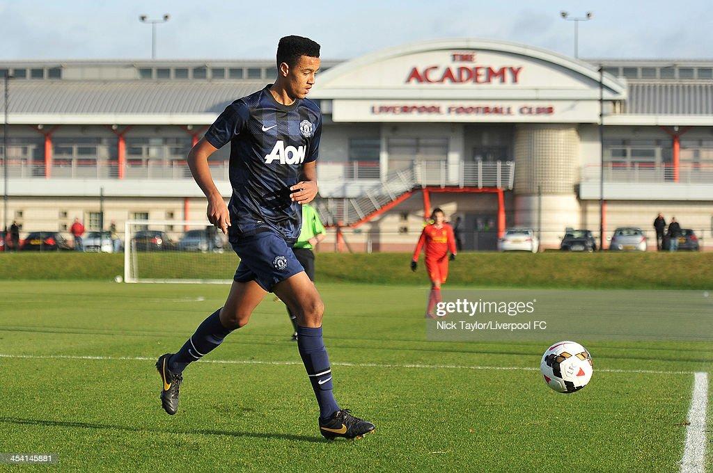 Liverpool U18 v Manchester United U18 : News Photo