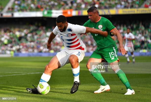 Cameron CarterVickers of The United States holds off Jonathan Walters of the Republic of Ireland during the International Friendly match between the...