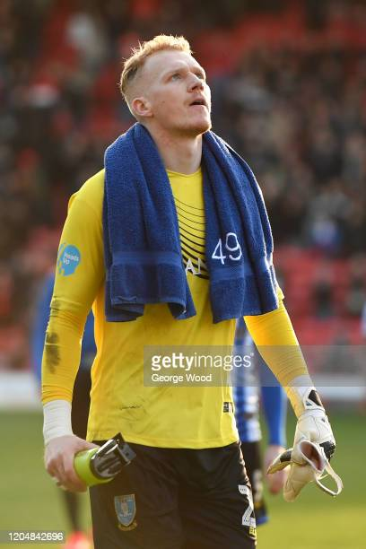 Cameron Dawson of Sheffield Wednesday looks to the sky in dejection after the Sky Bet Championship match between Barnsley and Sheffield Wednesday at...
