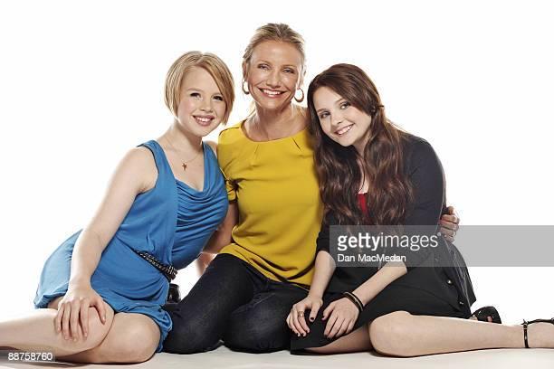 Cameron Diaz Abigail Breslin and Sofia Vassilieva pose at a portrait session in Santa Monica CA