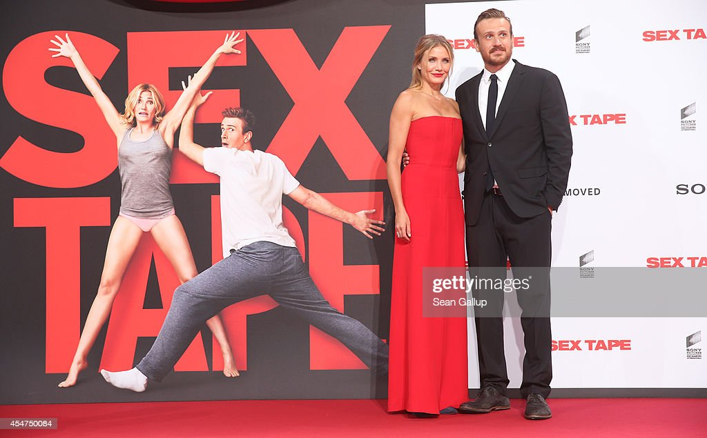 Cameron Diaz (L) and Jason Segel arrive for the German premiere of the film 'Sex Tape' at CineStar on September 5, 2014 in Berlin, Germany.