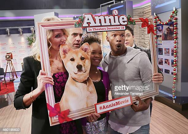Cameron Diaz Bobby Cannavale Quvenzhane Wallis and Jamie Foxx on the set of Univision's Despierta America to promote the movie 'Annie' at Univision...