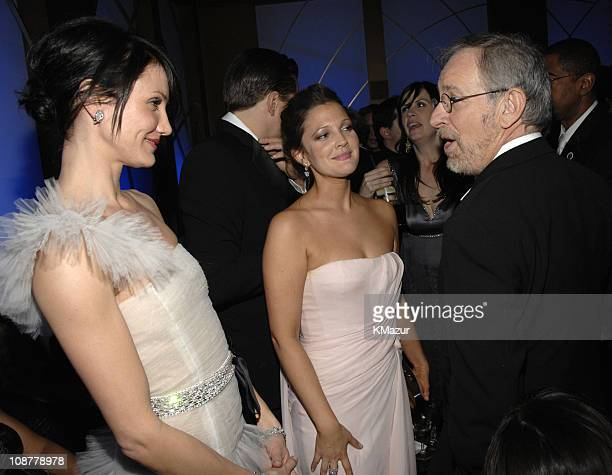 Cameron Diaz, Drew Barrymore and Steven Spielberg during In Style and Warner Bros. 2007 Golden Globe After Party - Inside at Beverly Hilton Hotel in...