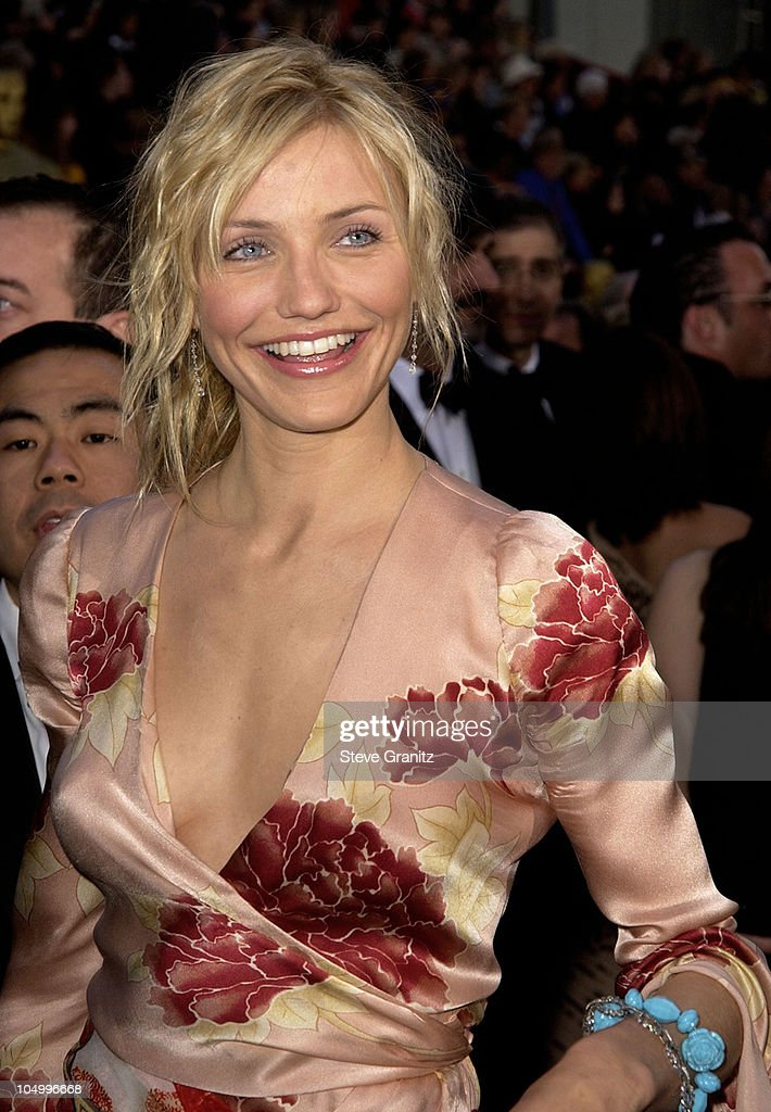 Cameron Diaz during The 74th Annual Academy Awards - Arrivals at Kodak Theater in Hollywood, California, United States.