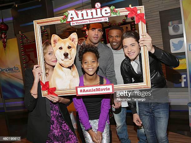 Cameron Diaz Quvenzhane Wallis Bobby Cannavale Jamie Foxx and William Valdes on the set of Univision's Despierta America to promote the movie 'Annie'...