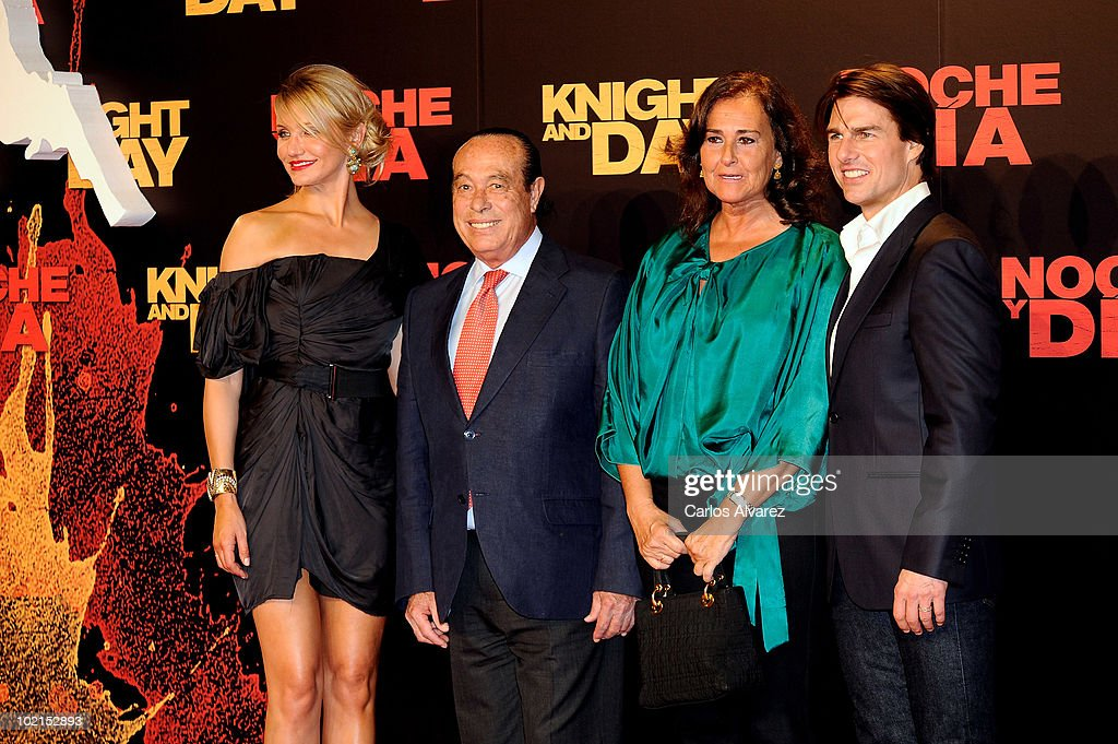 Tom Cruise and Cameron Diaz Attend 'Knight and Day' Premiere in Seville : News Photo