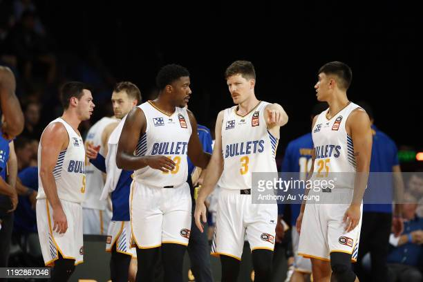 Cameron Gliddon of the Bullets explains a play with the team during the round 10 NBL match between the New Zealand Breakers and the Brisbane Bullets...