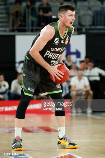 Cameron Gliddon of the Phoenix in action during the round 18 NBL match between the South East Melbourne Phoenix and the New Zealand Breakers at John...