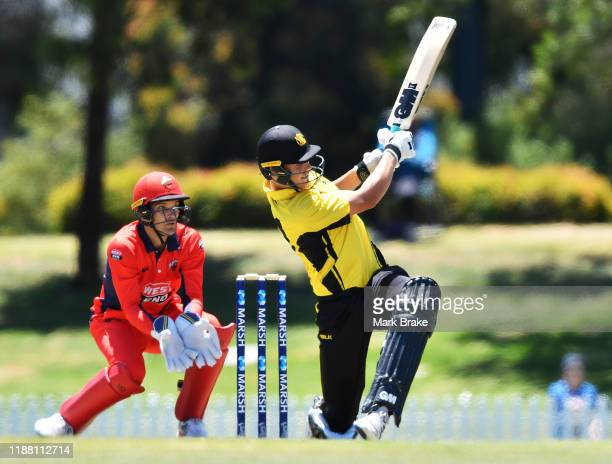 Cameron Green of the Warriors bats during the Marsh One Day Cup match between South Australia and Western Australia at Karen Rolton Oval on November...