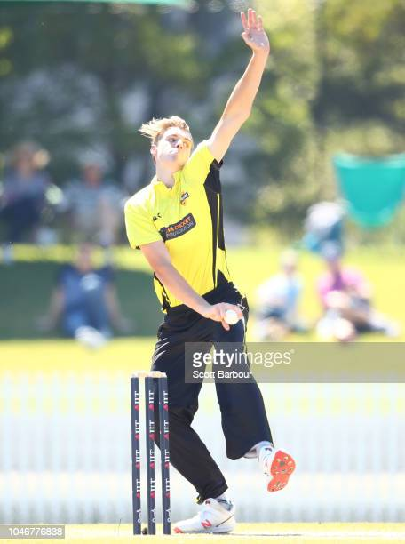 Cameron Green of Western Australia bowls during the JLT One Day Cup Semi Final between Western Australia and Victoria at Junction Oval on October 7...
