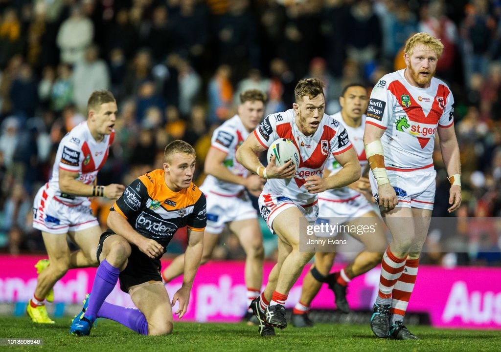 Cameron McInnes of the Dragons runs with the ball during the round 23 NRL match between the Wests Tigers and the St George Illawarra Dragons at Leichhardt Oval on August 18, 2018 in Sydney, Australia.