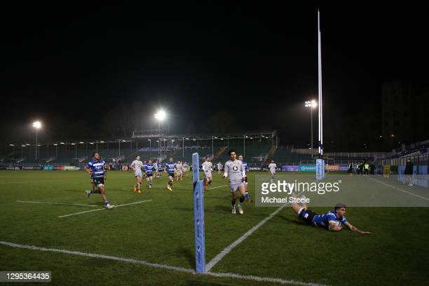 Cameron Redpath of Bath dives over to score his side's third try during the Gallagher Premiership Rugby match between Bath and Wasps at The...