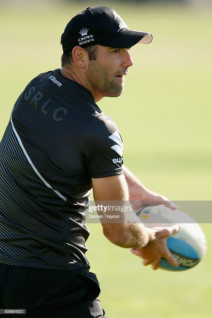 Cameron Smith takes part in a Melbourne Storm NRL pre-season training session at Gosch's Paddock on December 11, 2015 in Melbourne, Australia.