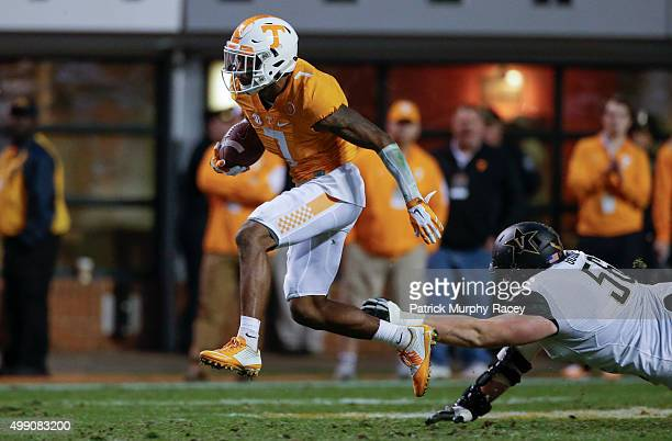 Cameron Sutton of the Tennessee Volunteers runs all the way to the end zone against the Vanderbilt Commodores in a game at Neyland Stadium on...