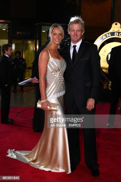 Cameron White and partner Jacqui Morris arrive on the red carpet for the 2008 Allan Border Medal