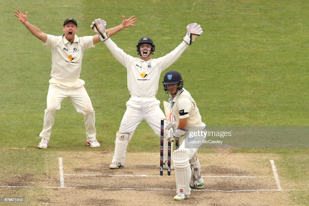 Cameron White and Seb Gotch of Victoria appeal the wicket of Sean Abbott of NSW during day four of the Sheffield Shield match between New South Wales and Victoria at North Sydney Oval on November 27, 2017 in Sydney, Australia.