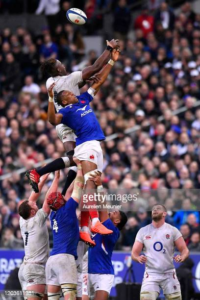 Cameron Woki of France and Maro Itoje of England jump for the ball during the 2020 Guinness Six Nations match between France and England at Stade de...