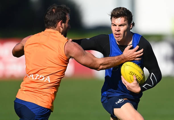 AUS: North Melbourne Kangaroos Training Session