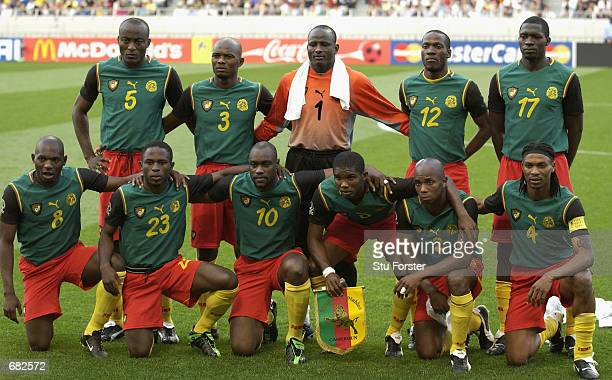 Cameroon team group taken before the FIFA World Cup Finals 2002 Group E match between Cameroon and Saudi Arabia played at the Saitama Stadium in...