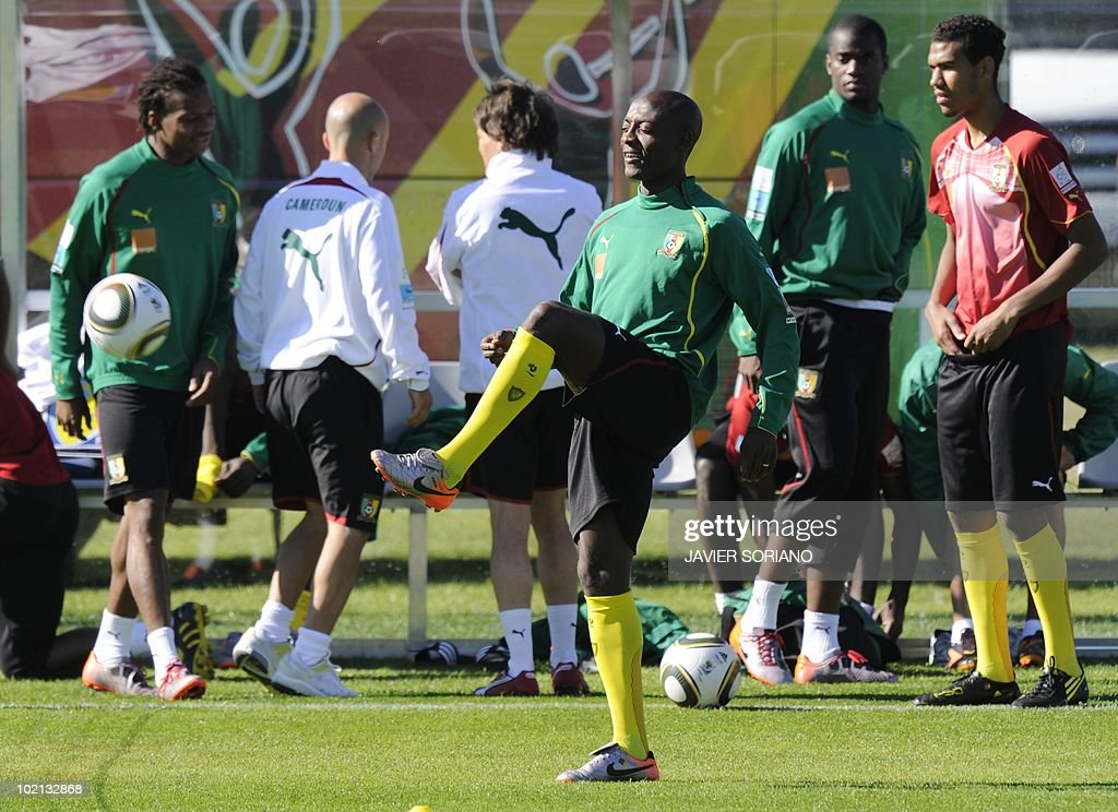 Cameroon's defender Sebastien Bassong (C) takes part in a training session at Northlands School in Durban, on June 16, 2010. Cameroon's star striker Samuel Eto'o said on June 14 that the Group E clash against Denmark was a must-win game after the African side slipped to a 1-0 defeat against Japan.