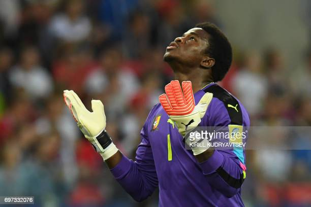 TOPSHOT Cameroon's goalkeeper Joseph Ondoa reacts during the 2017 Confederations Cup group B football match between Cameroon and Chile at the Spartak...