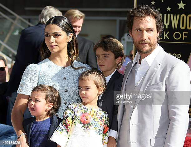 Camila Alves Levi McConaughey Livingston McConaughey and Vida McConaughey attend The Hollywood Walk Of Fame ceremony for Matthew McConaughey on...