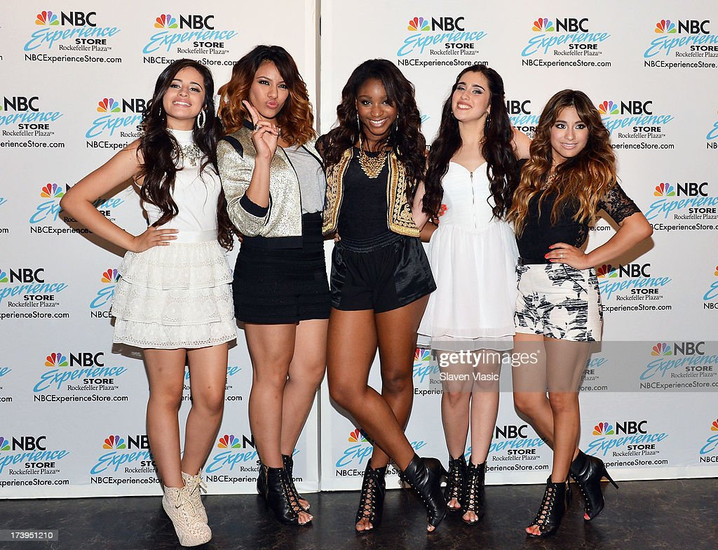 Photos Et Images De Fifth Harmony Fan Meet And Greet Getty Images