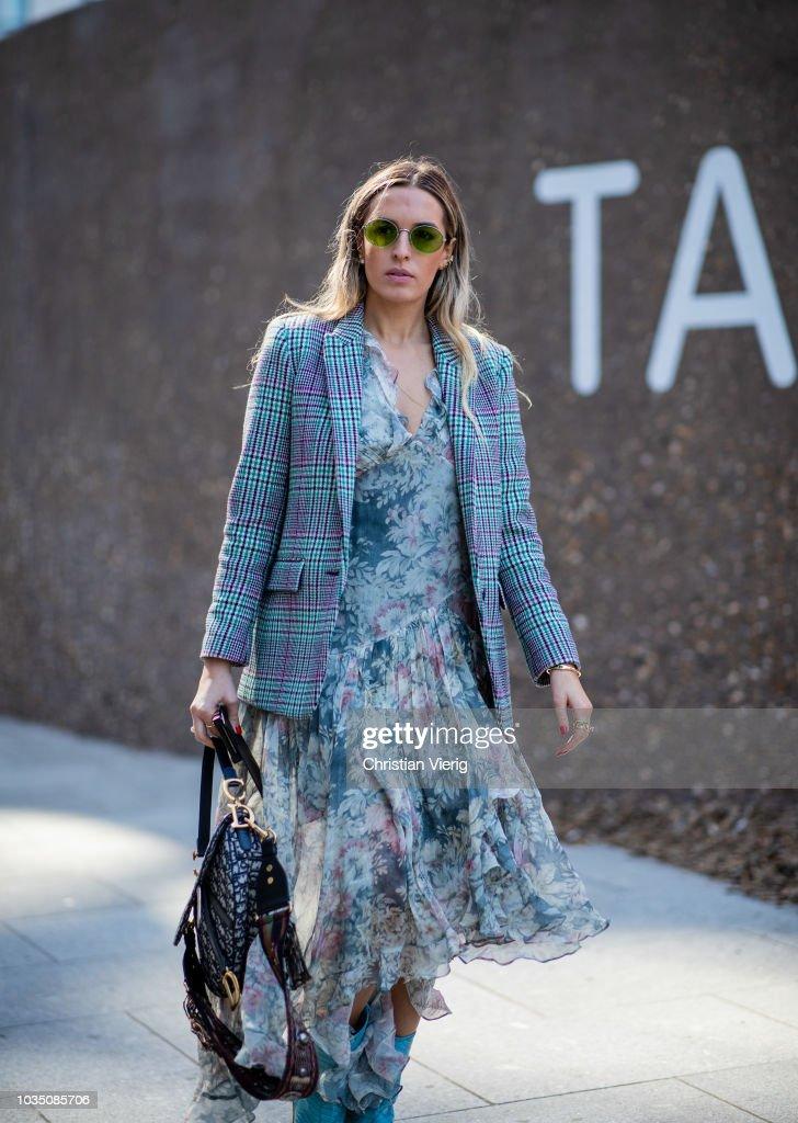 Street Style - LFW September 2018 : Photo d'actualité