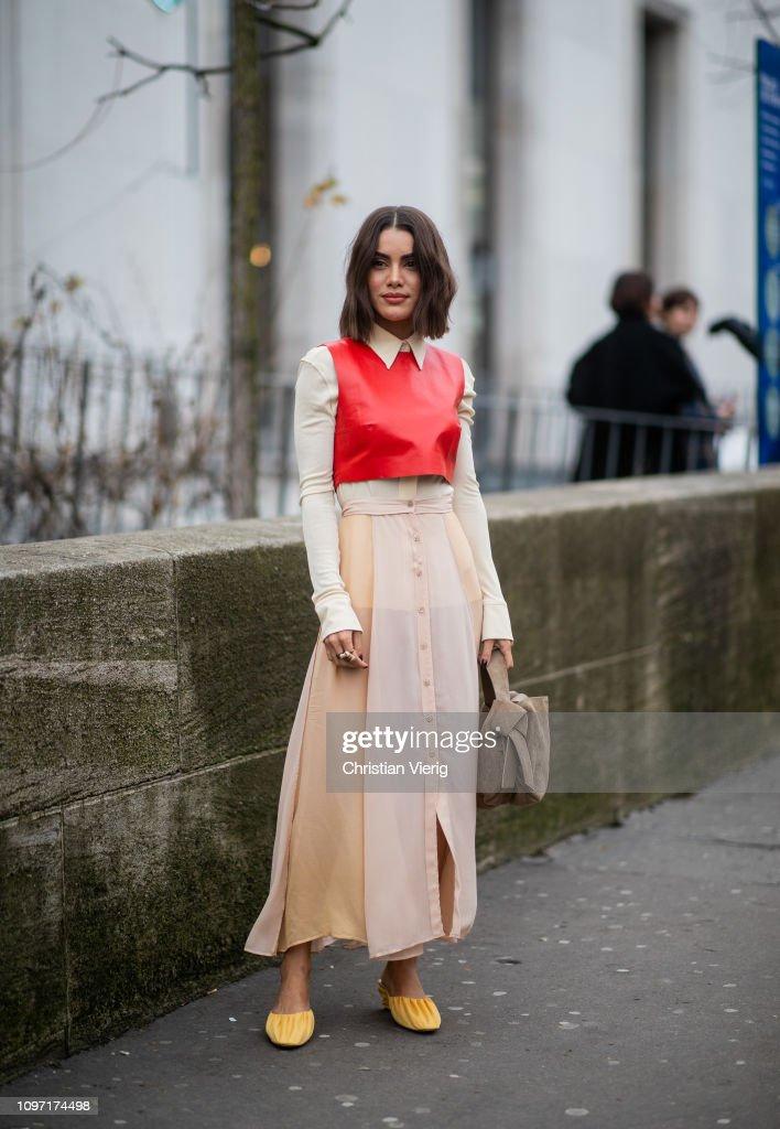 Street Style - Paris Fashion Week - Menswear F/W 2019-2020 : Day Six : Photo d'actualité