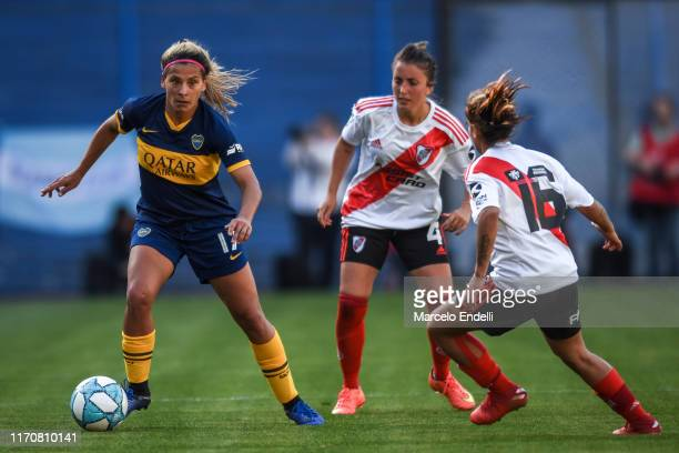 Camila Gomez Ares of Boca Juniors drives the ball during a match between Boca Juniors and River Plate as part of Argentina Women's First Division...