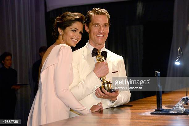 Camilla Alves and actor Matthew McConaughey attend the Oscars Governors Ball at Hollywood & Highland Center on March 2, 2014 in Hollywood, California.