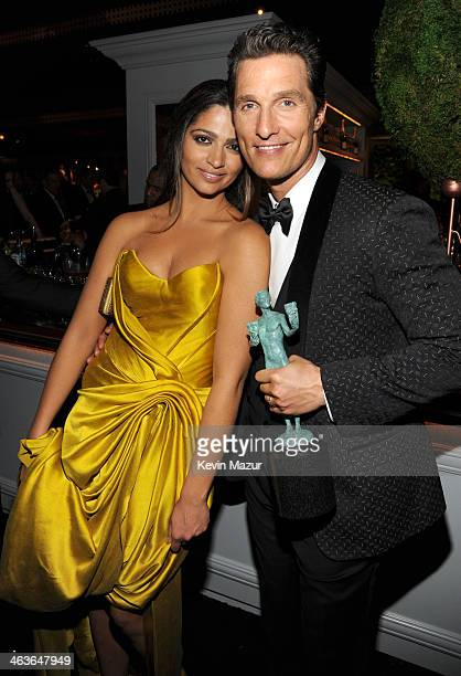 Camilla Alves and Matthew McConaughey attend PEOPLE/EIF 20th Anniversary SAG Awards Gala at The Shrine Auditorium on January 18, 2014 in Los Angeles,...