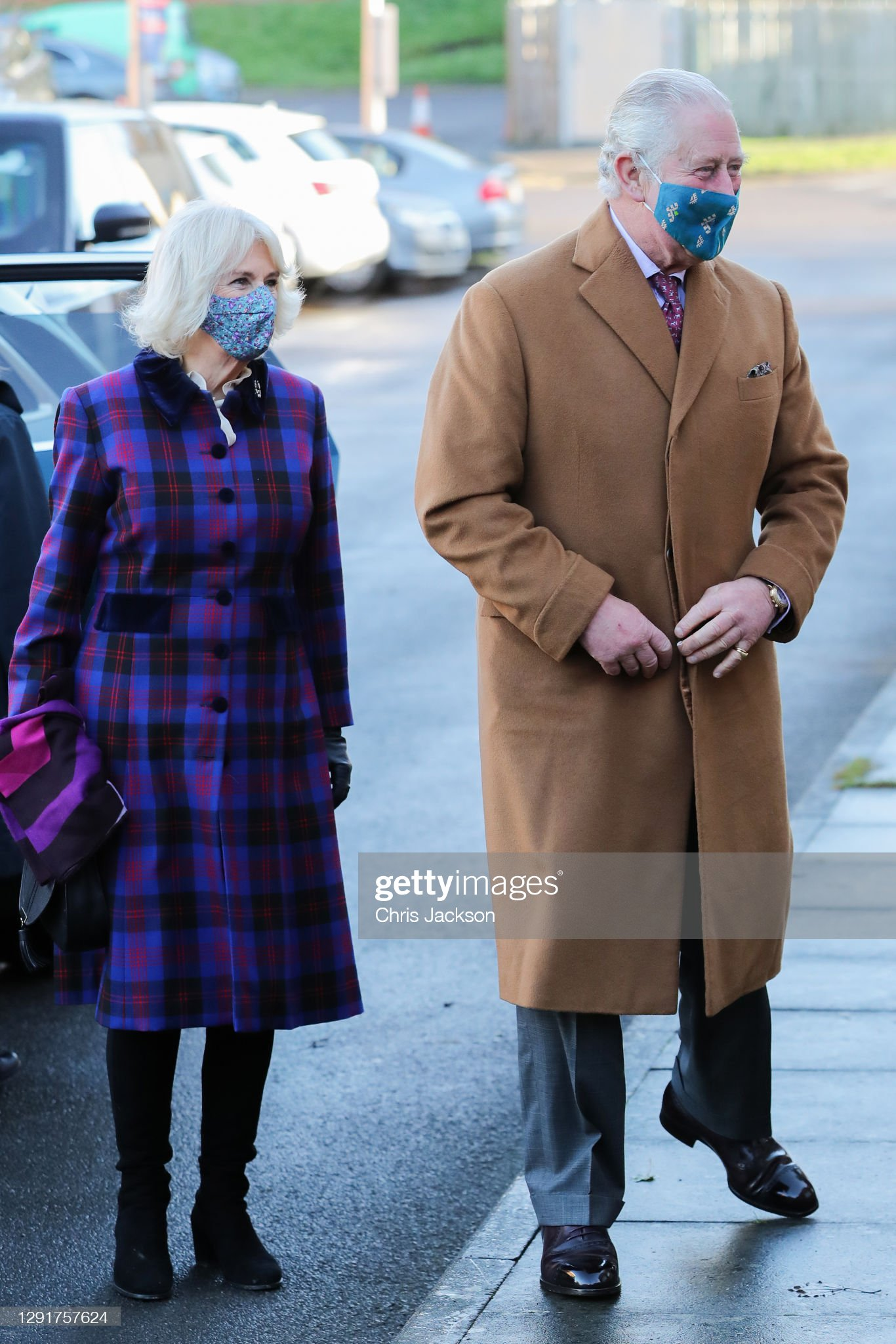 camilla-duchess-of-cornwall-and-prince-charles-prince-of-wales-arrive-picture-id1291757624