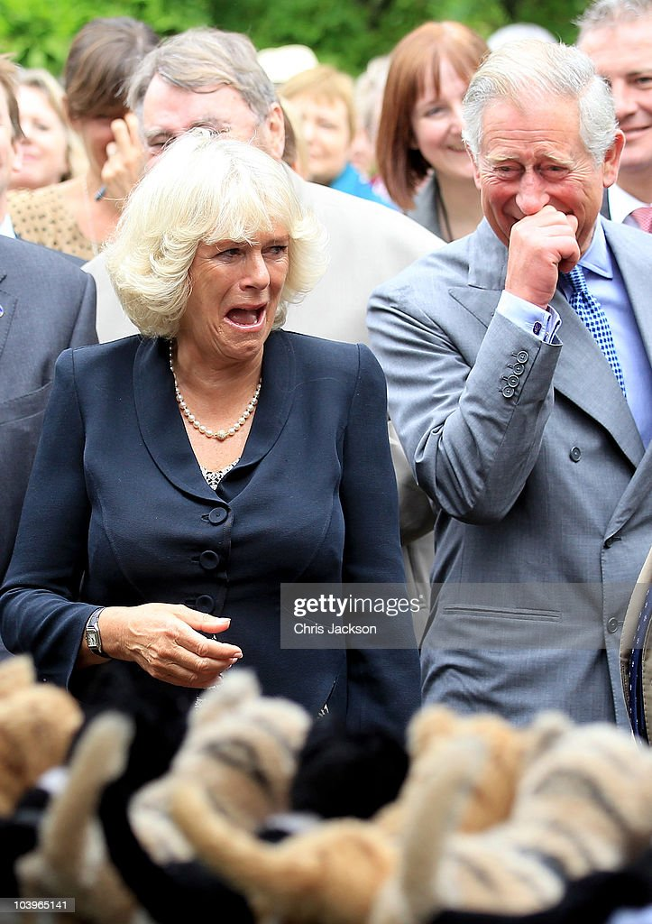 "Charles And Camilla Visit ""A Garden Party To Make A Difference"" : News Photo"