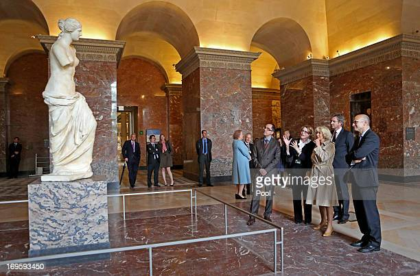 Camilla Duchess of Cornwall views the Venus de Milo as she visits the Louvre Museum on May 28 2013 in Paris France Camilla is on her first overseas...