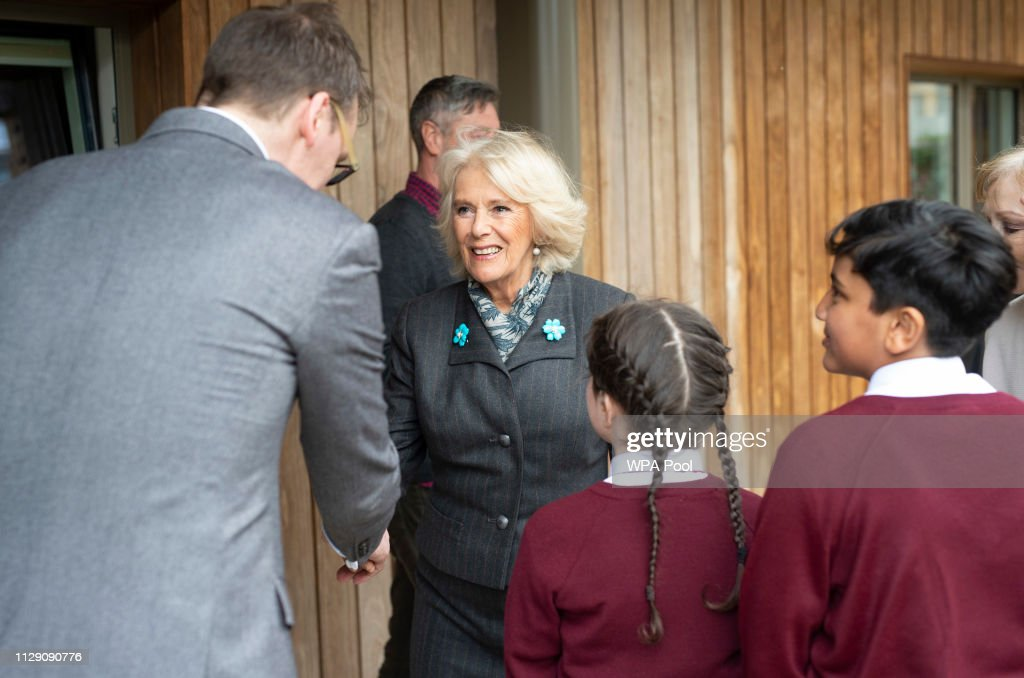 The Duchess Of Cornwall Visits Avondale Park School To Celebrate World Book Day : News Photo
