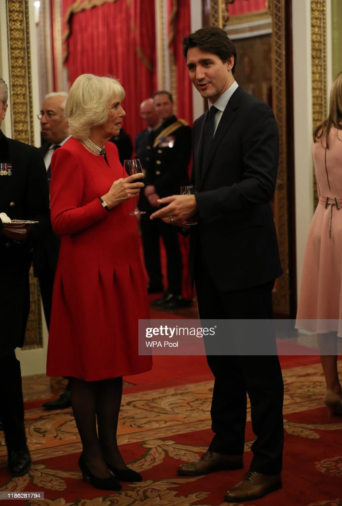 HM The Queen Hosts NATO Leaders At Buckingham Palace Reception : News Photo