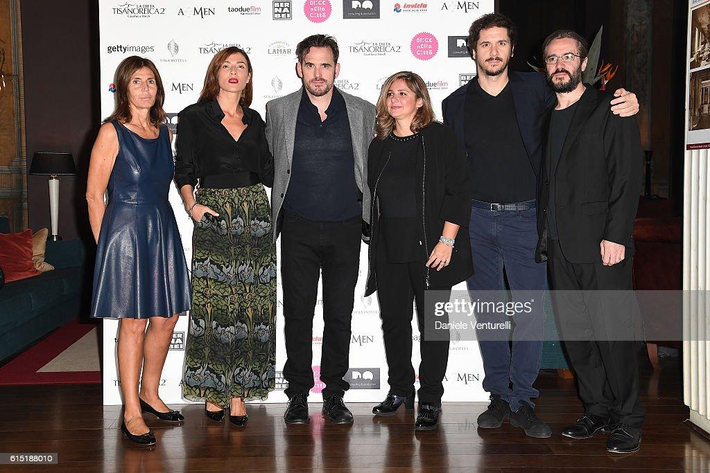 Camilla Nesbitt , Anna Foglietta, Matt Dillon, Francesca Serafini, Gabriele Mainetti and Giordano Meacci attend 'Alice Nella Citta' Jury Dinner during the 11th Rome Film Festival at on October 17, 2016 in Rome, Italy.