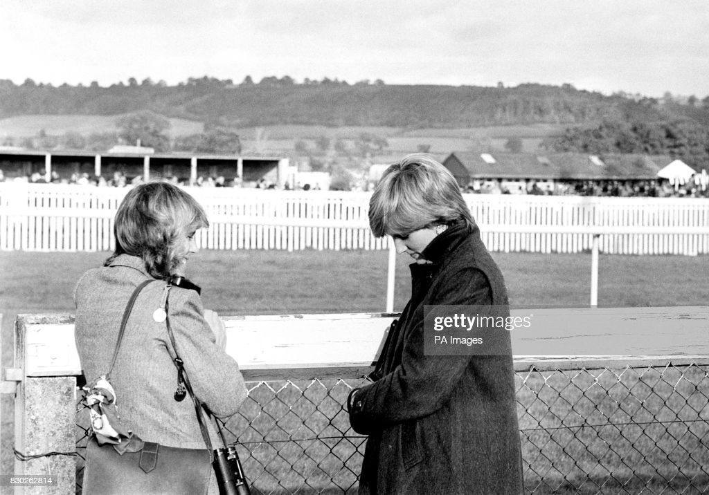 Camilla Parker-Bowles and Diana at Ludlow racecourse : News Photo