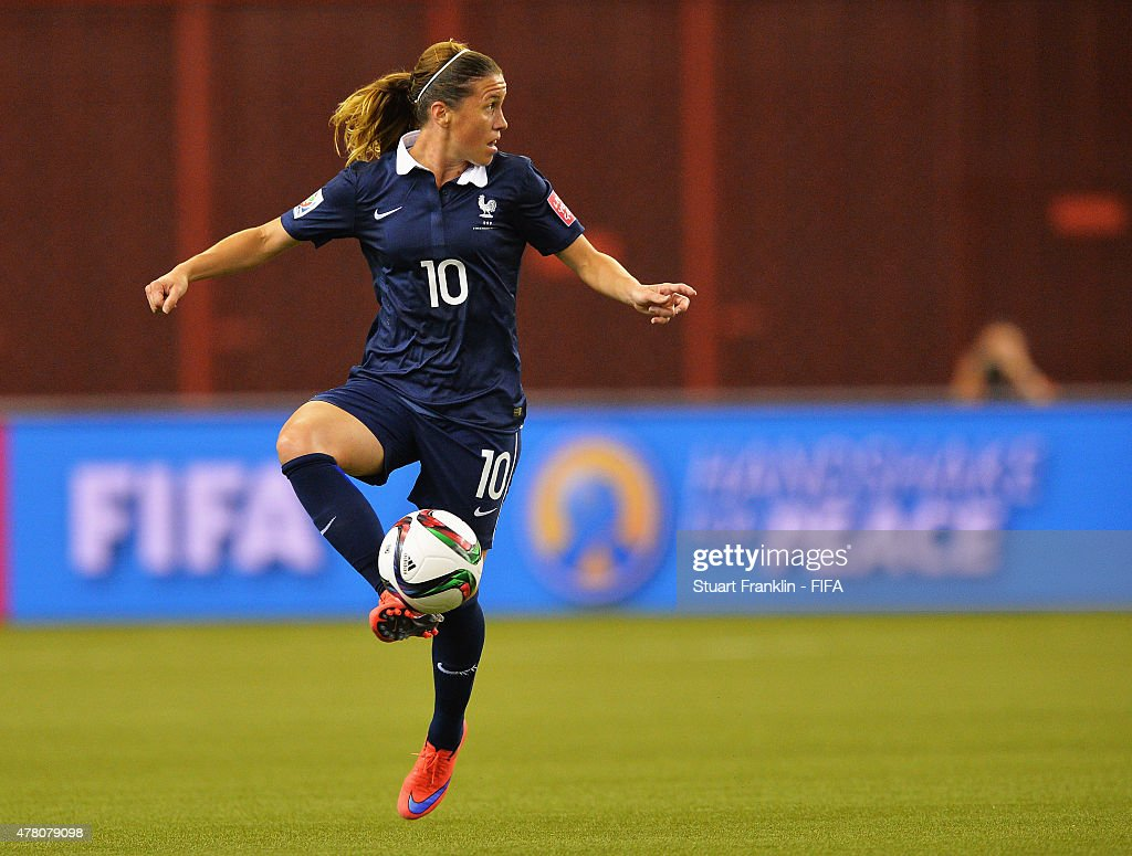 France v Korea: Round of 16 - FIFA Women's World Cup 2015 : News Photo