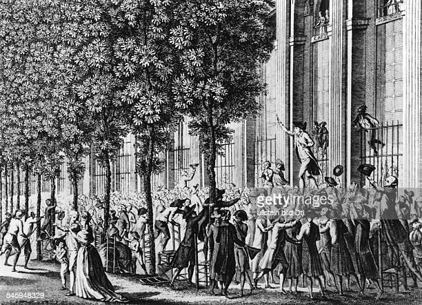 Camille Desmoulins predigt Aufruhr im Palais Royal in Paris1271789
