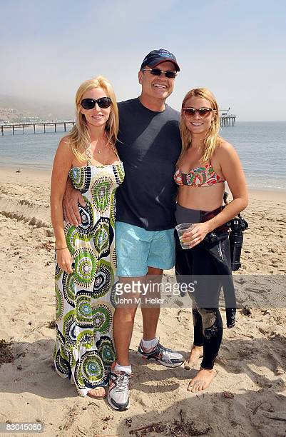 Camille Grammer, Kelsey Grammer and his daughter Spencer Grammer at the Oceana Celebrity Free Expression Session Free Surf Competition on September...