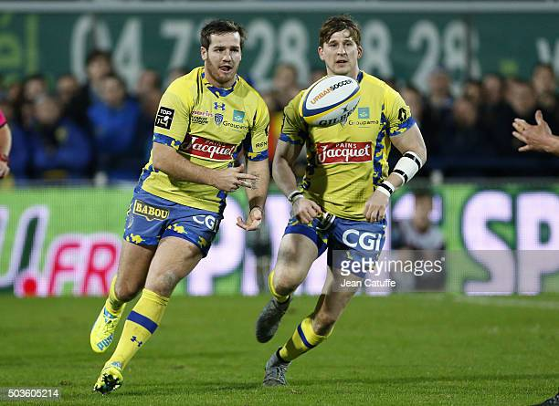 Camille Lopez and David Strettle of ASM Clermont in action during the Top 14 rugby match between ASM Clermont Auvergne and Racing 92 at Stade Marcel...