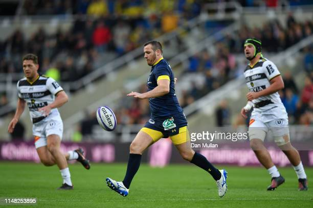 Camille Lopez of ASM Clermont Auvergne kicks the ball upfield during the Challenge Cup Final match between La Rochelle and ASM Clermont at St James...