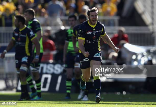 Camille Lopez of Clermont Auvergne celebrates after kicking a drop goal during the European Rugby Champions Cup semi final match between ASM Clermont...