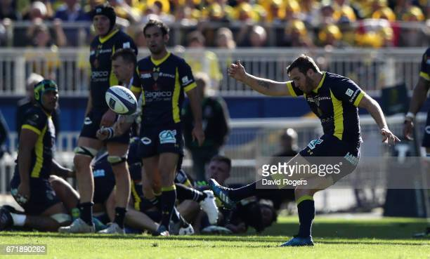 Camille Lopez of Clermont Auvergne kicks a drop goal during the European Rugby Champions Cup semi final match between ASM Clermont Auvergne and...